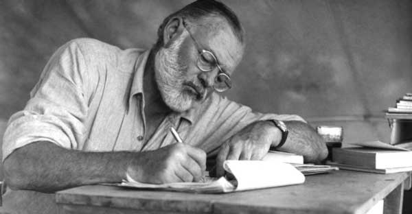 ارنست همینگوی، نویسنده کتاب پیرمرد و دریا