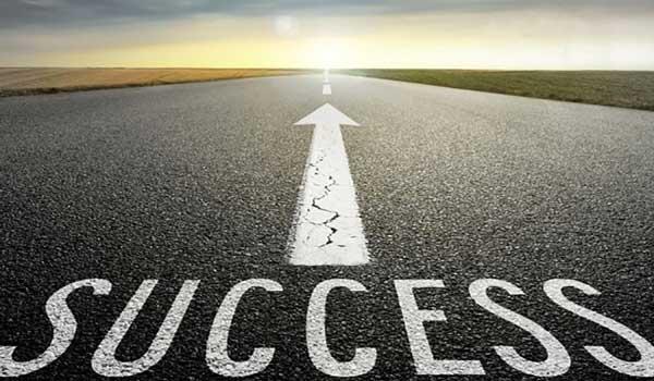 تعیین هدف و حرکت به سوی موفقیت