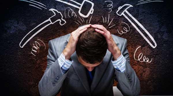 استرس یکی از موارد بحث شده در کتاب مهارت های زندگی